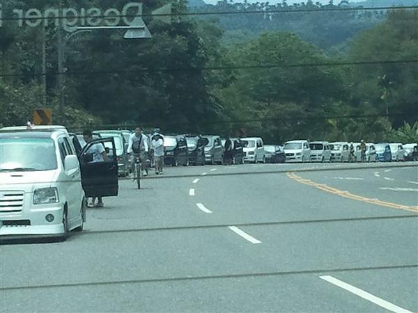 很多車噢!!!!!!!