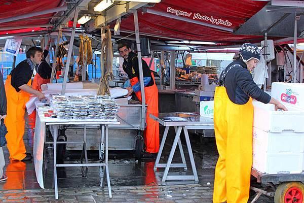 bergen魚市場02.jpg