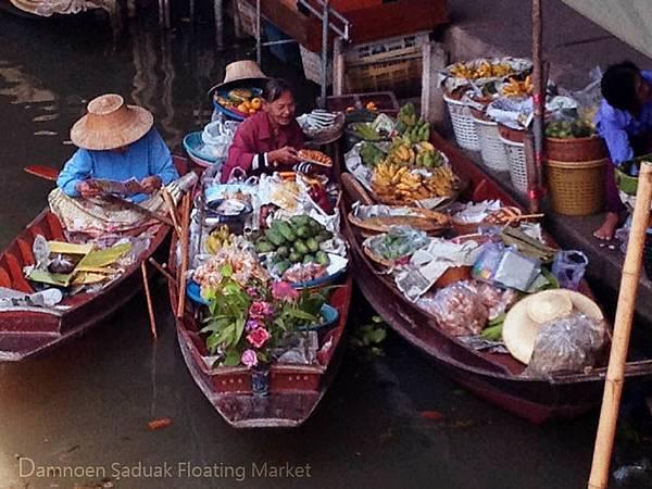 Damnoen Saduak Floating Market02