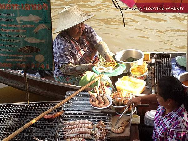 Amphawa Floating Market food 0