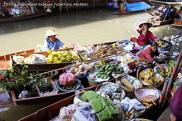 Damnoen Saduak Floating Market001