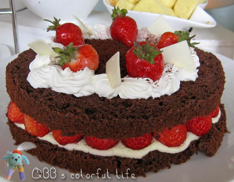 草莓魔鬼蛋糕.jpg