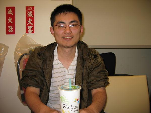 賴志偉 一個跟我同年同月同日生的傢伙