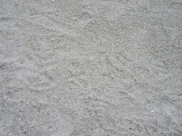 沙是白色的~~