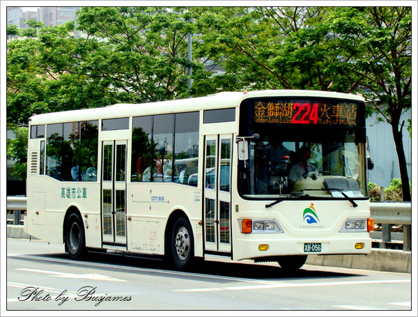 XB-056_224Z_2.jpg