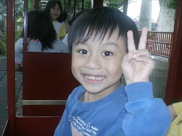 2010年10月9日兒童.花博 (3).JPG