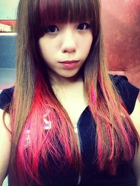 正妹改造髮色