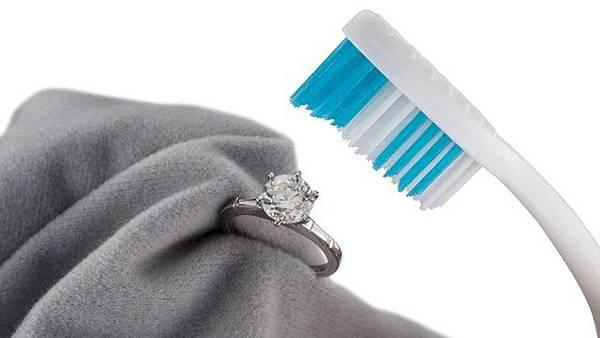 清洗鑽石2.jpg