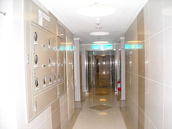 C棟15樓6人樓中樓小套房(03).JPG