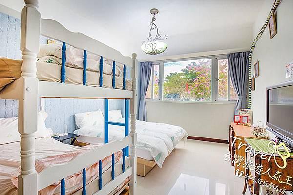 台南親子民宿-203親子套房-童書景觀