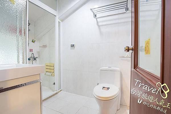 台南民宿推薦-好望角8人套房-民宿廁所