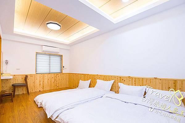 日式風格-房間空間-拉門-床-很明亮的環境