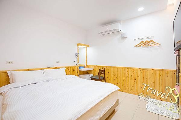 日式風格-房間實際-冷氣-梳妝台-雙人床