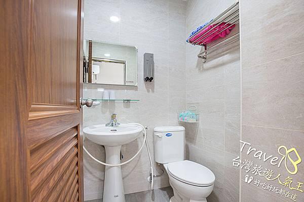 日式風格-房間實際-廁所,南投民宿_小黃山客棧