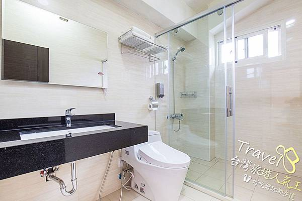 豪華雙人房-衛浴間照片