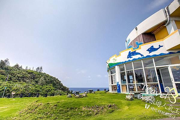 藍天-綠地-白沙灣32號-綠島民宿-望出去-海景