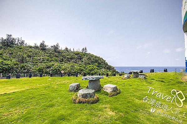 石椅-白沙灣32號-綠島民宿提供-休息設施
