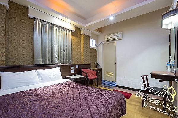 1張雙人床,綠島安德渡假民宿-雙人房2-非常不錯