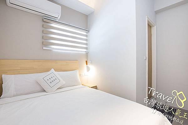 床,綠島民宿,民宿空間,雙人房