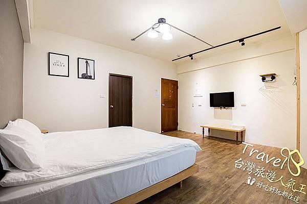 明月小築民宿台東館,201 雙人房,床鋪