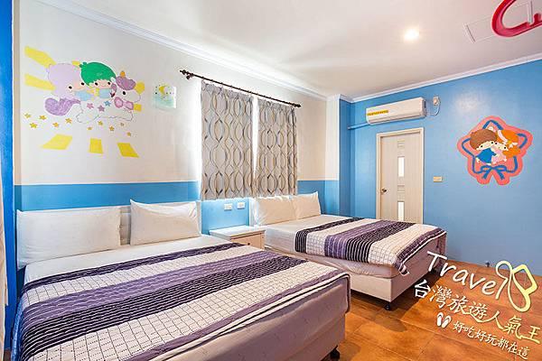 雙人床x2,民宿二館,B3四人房,綠島民宿