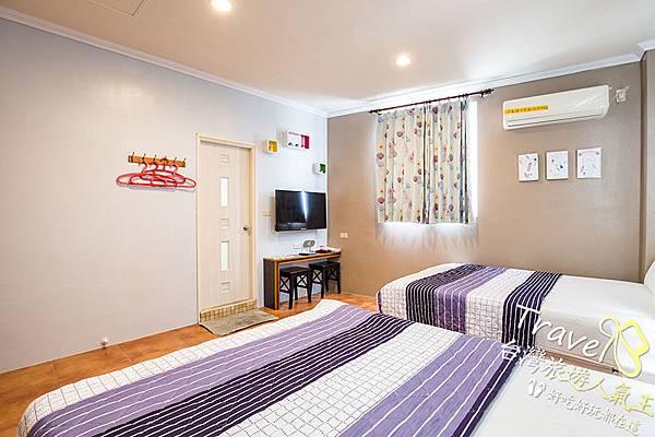 民宿環境,綠島民宿,B5雙人房,雙人床
