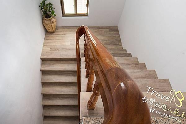 樓梯間,綠島明月小築民宿,民宿一館
