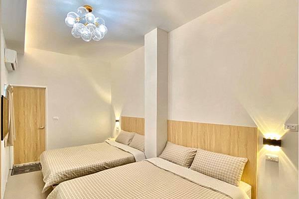 兩張雙人床,民宿一館,四人房,綠島民宿推薦