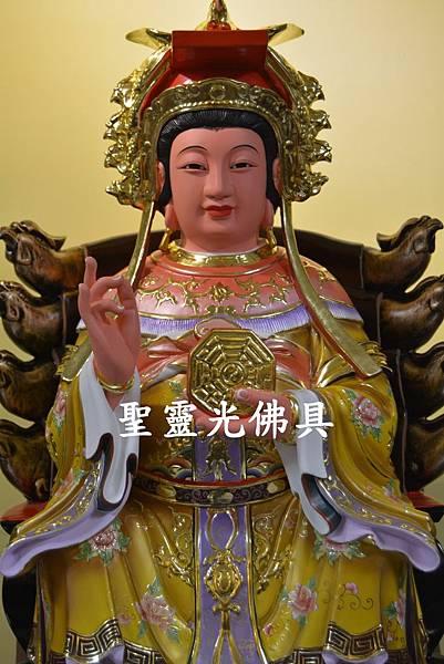 訂製神像 二尺二 地母娘娘 樟木 按金 珍珠漆彩繪1