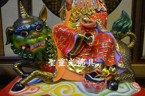 訂製神像 地藏王菩薩乘諦聽 一尺六 樟木 珍珠漆彩繪3