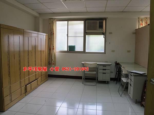 中華大學兩戶打通採光大套房~才168萬