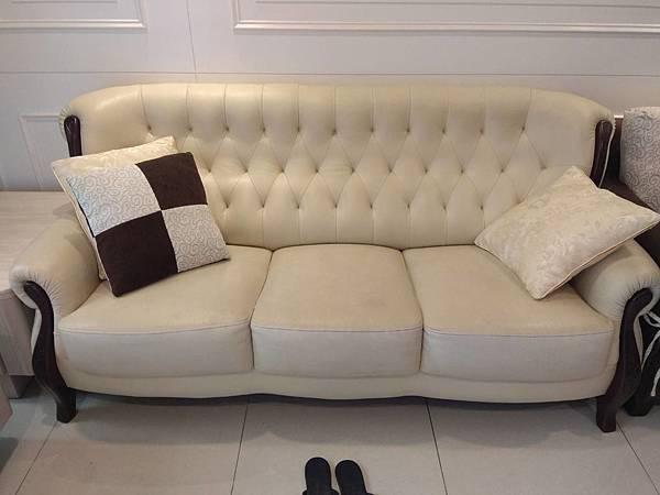 白色3人沙發-9.JPG
