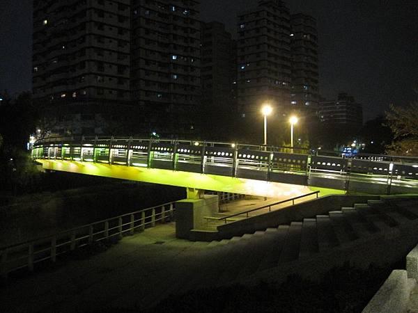 河堤社~1 (與 house5680 衝突的複本 2013-11-19) (與 house5680 衝突的複本 2013-11-19)