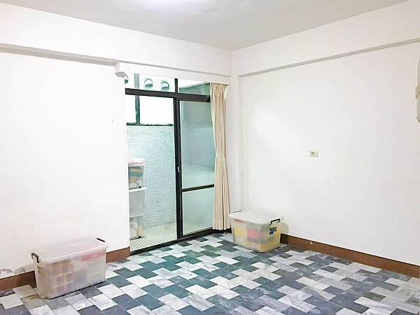 美麗島站 文青小店 高投報公寓一樓(可停車)-照片 3