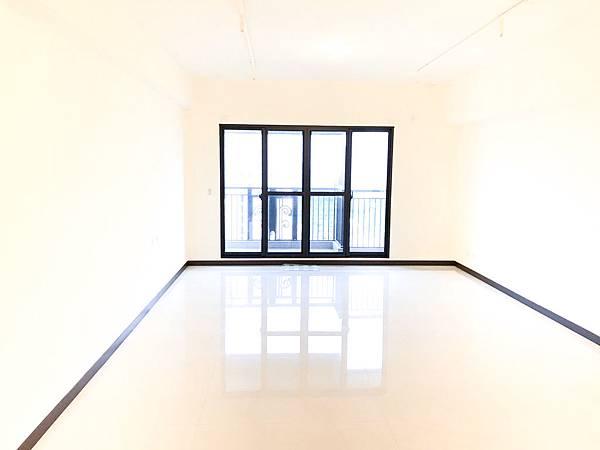 修遠見高樓層三面採光三衛開窗大平車-照片 (3)