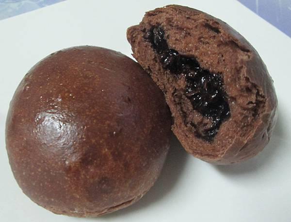 爆漿巧克力餐包(黑眼豆豆)