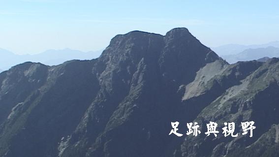 32玉山東峰.JPG