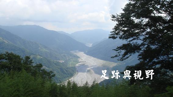 17俯瞰大安溪谷的壯麗景觀.JPG