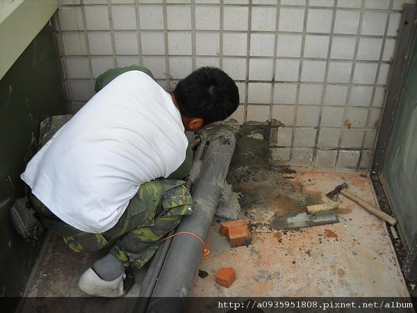 浴室翻新一浴室漏水.地板漏水.管路漏水施工相關