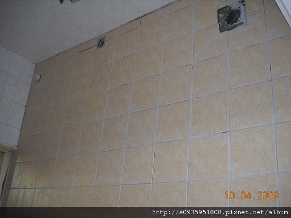 浴室整修一磁磚鋪設施工後