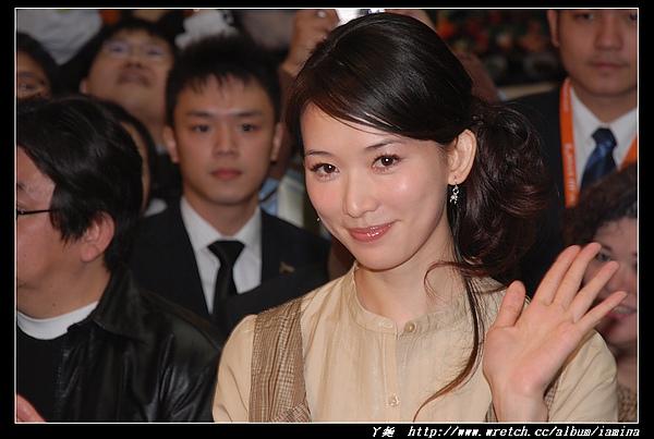 2007台北國際旅展之華航空姐與林志玲 (12).JPG