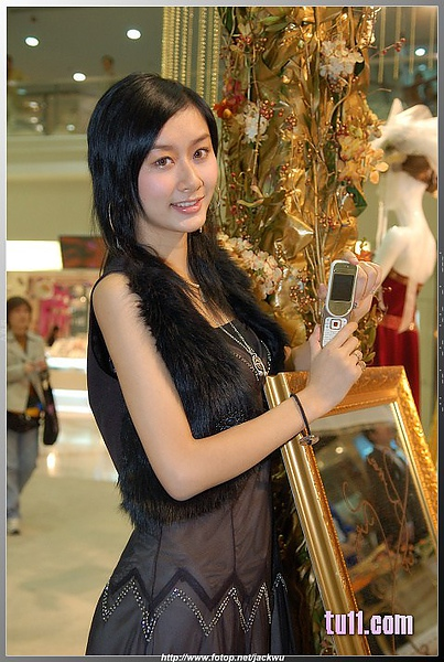 Nokia展台的漂亮妹妹 (3).jpg