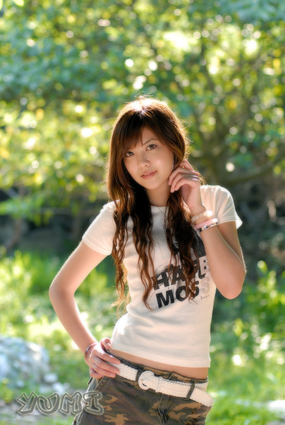 HK Model ~ Yumi ~ 大自然與短裙仔共行 (1).jpg
