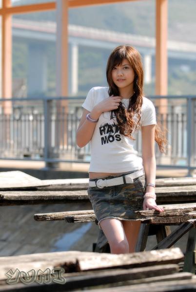 HK Model ~ Yumi ~ 大自然與短裙仔共行 (11).jpg