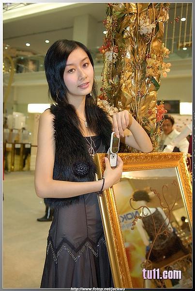 Nokia展台的漂亮妹妹