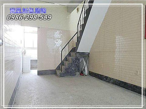 P02.jpg