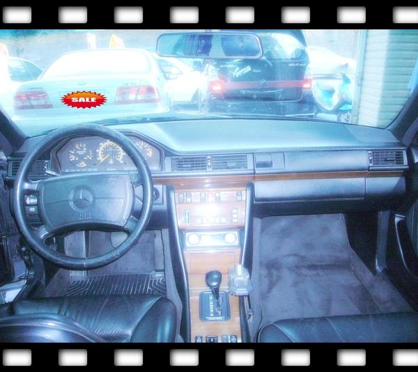 E300-90年黑-駕駛座.jpg