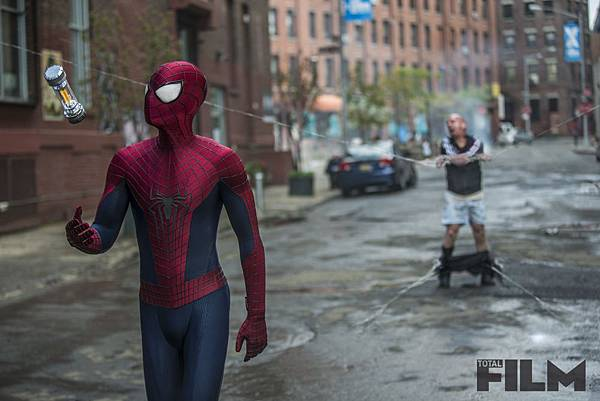 exclusive-the-amazing-spider-man-2-pictures-153555-a-1389697323-1000-667
