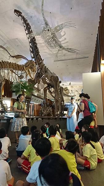 我們去看大恐龍!!!!_180628_0050