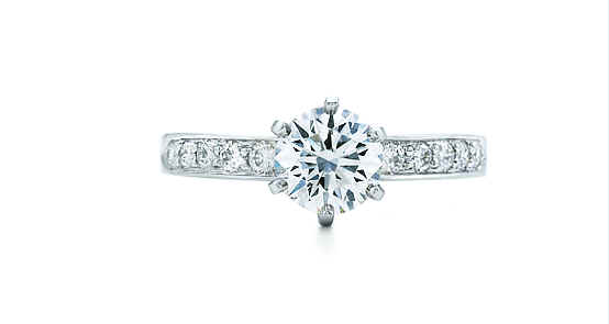明亮圓鑽配珠式鑲嵌鑽戒2